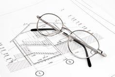 Konstruktionsplan med glasögon Royaltyfri Fotografi