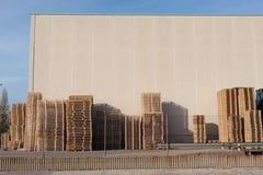 Konstruktionsplats i Sant Feliu de Llobregat arkivbild