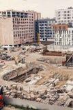 Konstruktionsplats, konstruktionsmaskineri, bulldozer, utgrävning Arkivfoton