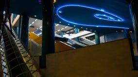 Konstströmkrets av den Naples tunnelbanan, underjordisk passage från den Toledo stationen Royaltyfri Bild