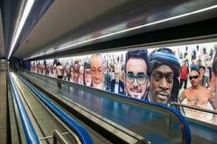 Konstströmkrets av den Naples tunnelbanan, underjordisk passage från den Toledo stationen på den spanska fjärdedelen Arkivbilder