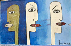 Konstverk på Berlin Wall, Berlin, Tyskland Arkivbilder