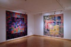Konstverk på det Vasarely museet i den Pecs Ungern Royaltyfri Foto