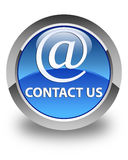 Kontakta oss (emailadresssymbolen) den glansiga blåttrundaknappen stock illustrationer