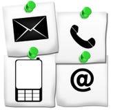 Kontakta oss symboler på Postit Arkivfoto