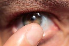 Kontaktlins på öga Royaltyfri Foto