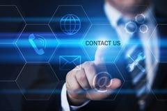 Kontaktuje się my serwis pomocy technologii interneta Biznesowy pojęcie obrazy royalty free