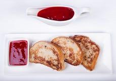 Kontinental frukost - rostat bröd, driftstopp Arkivfoto