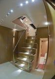 kontinental lyxig yacht för trappuppgång 80 royaltyfri bild