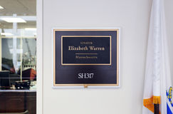 Kontor av Förenta staternasenatorn Elizabeth Warren Arkivbild