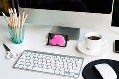kontor för redovisningsaffärsidéskrivbord Arkivfoton
