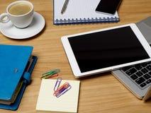 kontor för redovisningsaffärsidéskrivbord Arkivbild