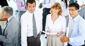 Kontor Team Concept för företags kommunikation för affärsfolk Royaltyfria Bilder