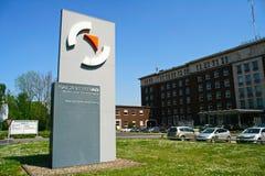 Kontorsbyggnad av Salzgitter AG, Salzgitter, Tyskland Royaltyfri Foto