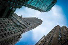 Kontorsbyggnad i staden av NY Fotografering för Bildbyråer