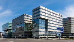 Kontorsbyggnader i Amsterdam Zuidoost, Holland Arkivfoto