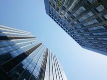 Kontorsbyggnadglasvägg Arkivbilder