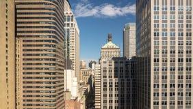 Kontorsbyggnadpanorama runt om den 45th gatan i New York Arkivbild
