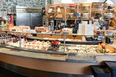 Kontra för mat i ett showmejeri på Engelberg Arkivfoto