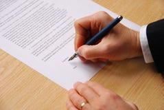 kontraktskrivning Arkivfoton