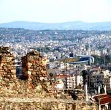 Kontrast - alt und neu in Saloniki Lizenzfreies Stockbild