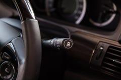 Kontroll för ljus strömbrytare i bil Arkivfoto