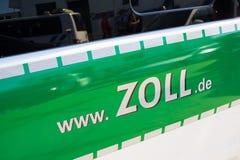 Kontroll Zollcontrolle för egen arbetsuppgift royaltyfria foton