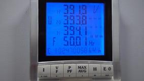 Kontrollbereichstromversorgung der digitalen Steuerung für Rechenzentrum Unterbrechungsfreie Stromversorgungen UPS stock video