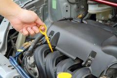Kontrollera den olje- maskinen Fotografering för Bildbyråer