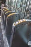 Kontrollera offentligt transportportar royaltyfri fotografi