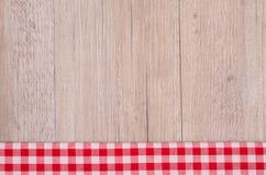 Kontrollera in rött och vitt som bakgrund Royaltyfria Foton
