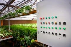 kontrollera växthuspanelen royaltyfria foton