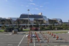 Kontrollpunkt am Ausgang vom Gebiet des Sochi-Flughafens, Adler, Krasnodar-Region, Russland Lizenzfreies Stockbild
