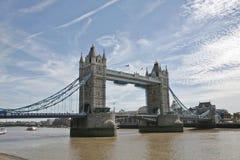 Kontrollturm-Brücke Stockfotos