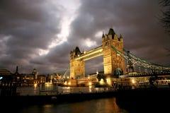 Kontrollturm-Brücke lizenzfreies stockbild