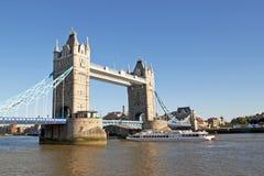 Kontrollturm-Brücke in London Lizenzfreie Stockfotos