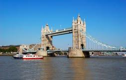 Kontrollturm-Brücke London Lizenzfreie Stockfotografie