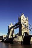 Kontrollturm-Brücke London, England Stockfotografie