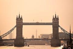 Kontrollturm-Brücke, London, Großbritannien Stockbild