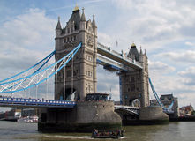 Kontrollturm-Brücke von London (England) Stockfoto
