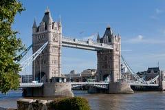 Kontrollturm-Brücke, London, England Stockbild