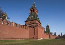 Kontrollturm des Moskaus Kremlin Stockfotos
