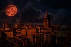 Kontrollturm Istanbul-Galata lizenzfreie stockbilder