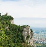 Kontrollturm San- Marinozweite: das Cesta oder das Fratta Lizenzfreie Stockfotos
