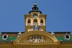 Kontrollturm- und Fassadeverzierungen Stockfoto