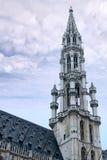 Kontrollturm von Rathaus des großartigen Platzes, Brüssel stockfotografie