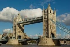 Kontrollturmbrücke Lizenzfreie Stockbilder