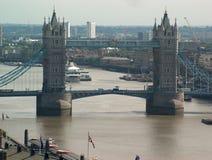 Kontrollturmbrücke Stockfoto