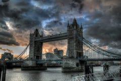 Kontrollturmbrücke in London Stockfotos