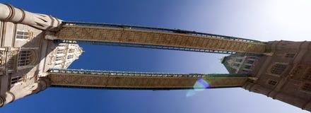 Kontrollturmbrücken-London-Kapital England Lizenzfreie Stockfotos